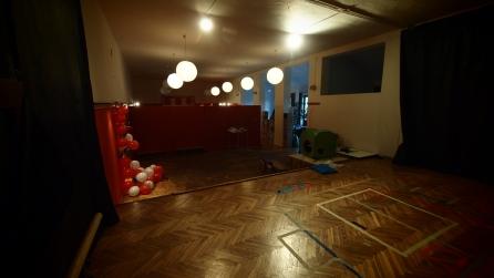 Studio teatralne + pierwsza wersja mobilnej ściany, 2012